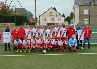 PHOTO EQUIPE PREMIERE FOUGERES FOOTBALL